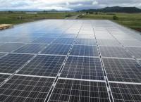 重ね式折板陸屋根太陽光発電